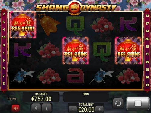 Scatter win triggers the free spins feature - Hotslot