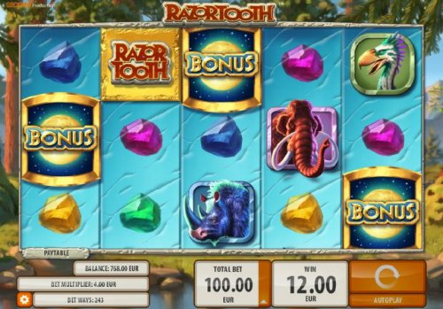 Hotslot - Bonus scatter symbols on reels 1, 3 and 5 triggers free spins feature